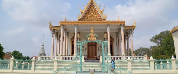 Allers et retours à Phnom Penh